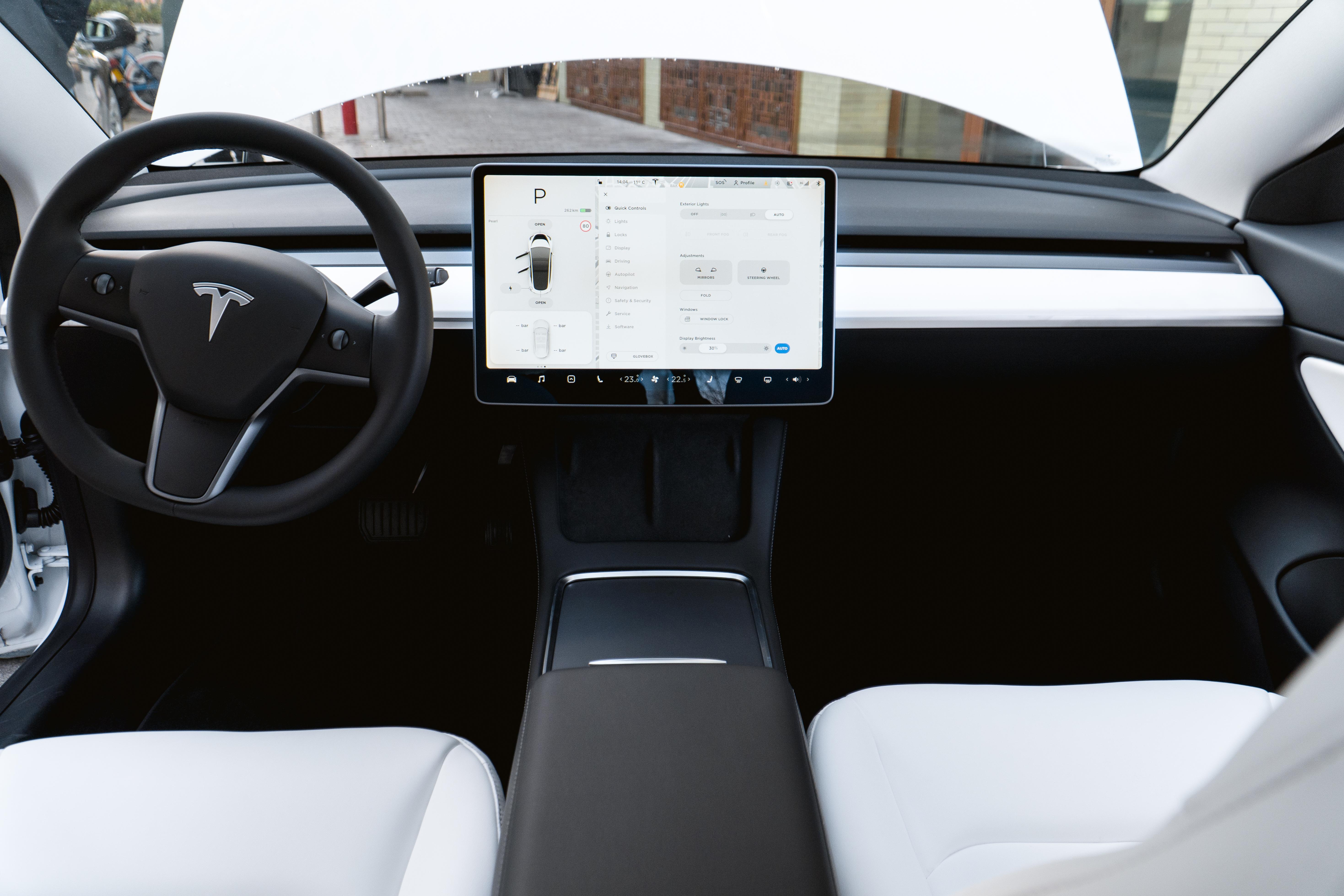 Tesla Model 3 Ofte stillede spørgsmål